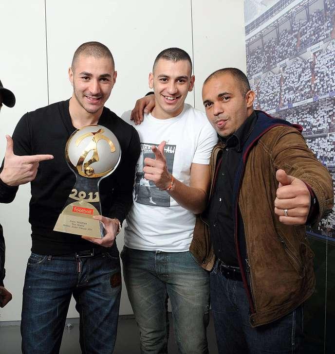 Karim Benzema, Gressy Benzema et l'agent Karim Djaziri en 2011.