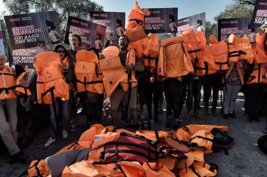 Manifestation contre la politique européenne envers les réfugiés, à Lesbos, le 5 novembre.