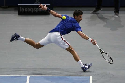 Novak Djokovic réalise une saison 2015 historique : trois titres en Grand Chelem (et une finale à Roland-Garros), cinq victoires en Masters 1000, neuf titres au total et une série de 13 finales d'affilée.