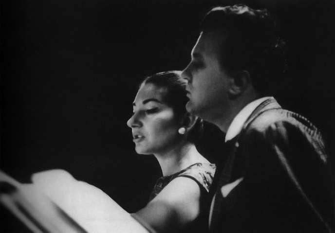Nicolai Gedda avec Maria Callas en 1964.