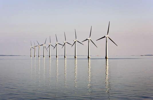 Ferme d'éoliennes offshore près de l'île danoise de Samso, en 2008.