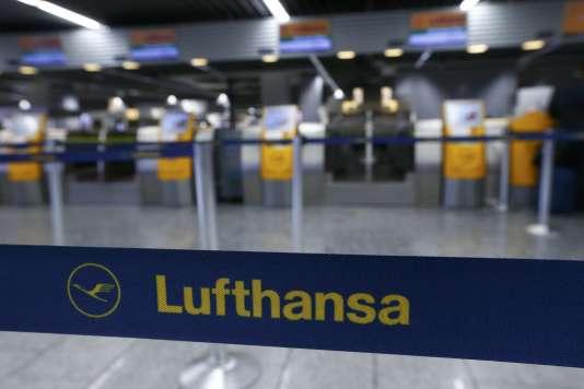 Il s'agit de la quatorzième grève organisée chez Lufthansa par le syndicat de pilotes depuis2014.