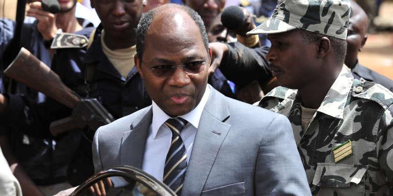 Djibrill Bassolé, alors chef de la diplomatie du Burkina Faso, lors d'une médiation au Mali en avril 2012.