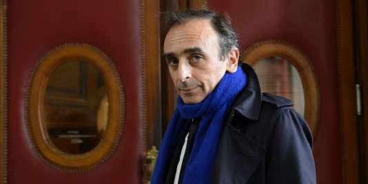 Eric Zemmour, le 6 novembre 2015 à Paris avant son procès pour incitation à la haine raciale.