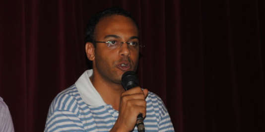 Amnesty international dénonce l'arrestation du défenseur des droits de l'homme, qui pourrait être inculpé pour diffusion de fausses informations portant atteinte aux intérêts nationaux.