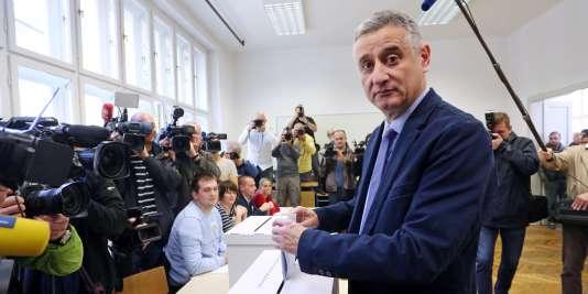 Les résultats préliminaires montrent une avance de l'opposition conservatrice (ici son leader, Tomislav Karamarko) devant les sociaux-démocrates au pouvoir, avec 63 sièges sur 151.