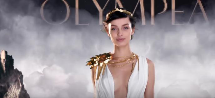 L'héroïne de la dernière campagne de Paco Rabanne pour son parfum Olympéa.