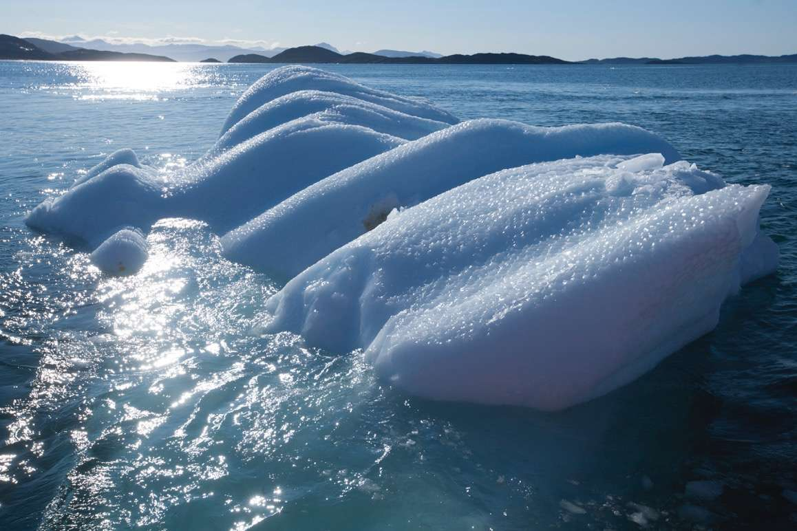Blocs de glace à la dérive à Nuup Kangerlua, au Groenland.