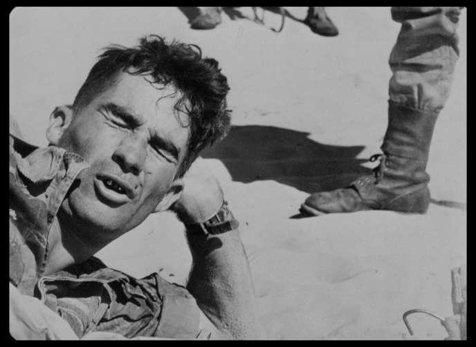 Le sergent chef Sendenac en 1957, dans le documentaire français de Laurent Roth,