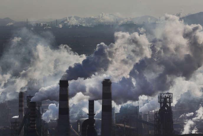 Acieries à Qian'an, dans la province du Hebei, en 2014. Cette région de l'est de la Chine est la plus polluée du pays. En cause : les poussières de charbon.