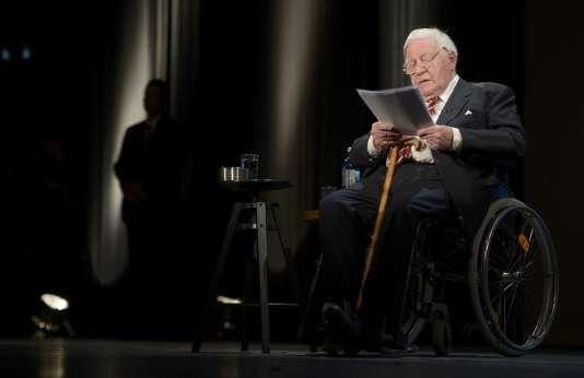 L'ex-chancelier lors d'une cérémonie organisée pour ses 95 ans en 2014 à Hambourg