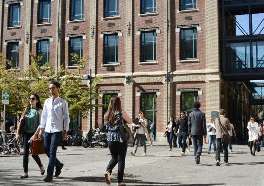 Devant l'entrée de l'Ecole d'économie de Toulouse(TSE), qui dépend de l'université de Toulouse-1-Capitole, et dont les M2 sont sélectifs.