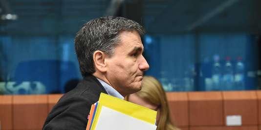 « Nous avons trouvé un accord sur tout, incluant les 48 mesures préliminaires » conditionnant le déblocage de cette tranche d'aide financière, a annoncé le ministre des finances grec, Euclide Tsakalotos.