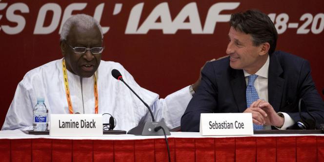 Lamine Diack et Sebastian Coe, lorsque l'un n'était pas encore mis en examen, l'autre pas encore président de l'IAAF.