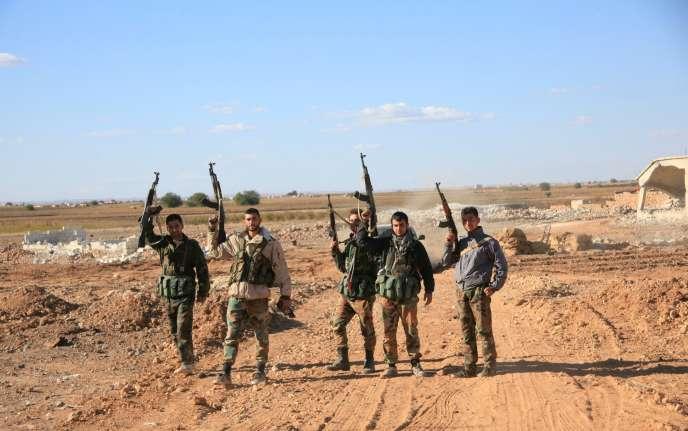 L'offensive pour reprendre l'aéroport, lancée à la fin de septembre, a été appuyée par des combattants iraniens, des miliciens du Hezbollah libanais et par des frappes aériennes russes.