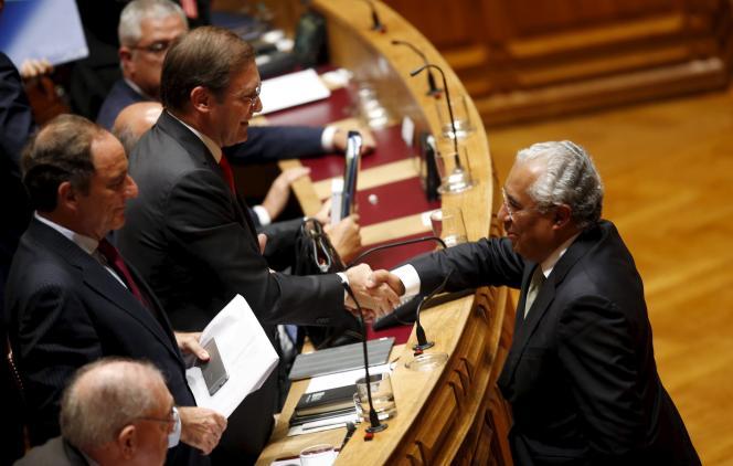 Le premier ministre portugais Pedro Passos Coelho, le 10 novembre 2015, à Lisbonne, au Parlement.
