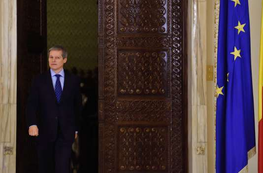 Le nouveau premier ministre, Dacian Ciolos, à Bucarest, le 10 novembre.