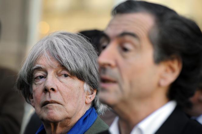 André Glucksmann et Bernard-Henri Lévy reçus à l'Elysée le 24 novembre 2007.
