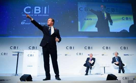 Le premier ministre britannique, David Cameron, s'exprimait, lundi 9 novembre, à Londres, devant les patrons britanniques membres de la Confederation of British Industry, le Medef britannique