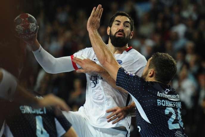 Le joueur du PSG Handball, Nikola Karabatic, lors d'un match de Ligue, à Montpellier, en octobre 2015.