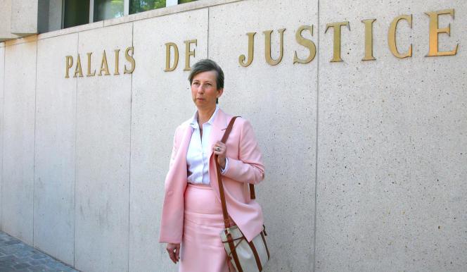 Elisabeth Borrel, veuve du magistrat retrouvé mort en 1995, en 2007, à Lille.
