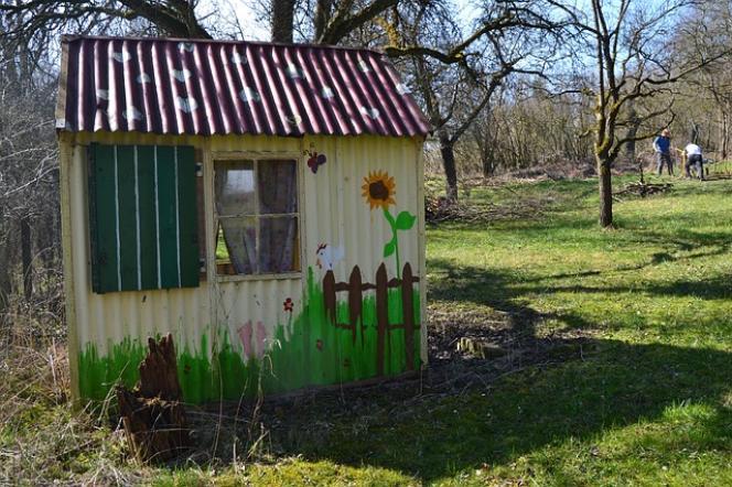 Les cabanes de jardin et toutes les constructions subissent une