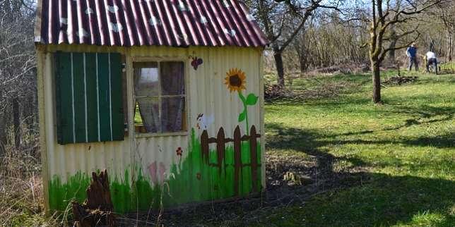 Intox en s rie autour de la taxe sur les cabanes de jardin for Taxe sur cabane de jardin
