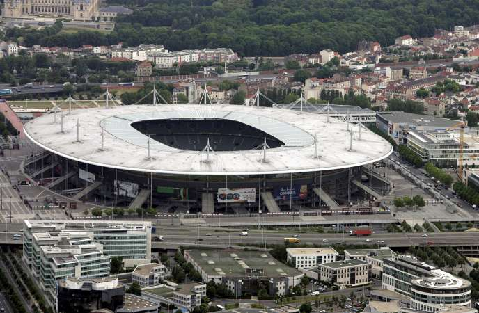 Selon la Cour des comptes, ce sont 760millions d'euros d'argent public qui ont été engloutis dans la construction du stade, puis dans les compensations versées pour pallier l'absence de club résident.