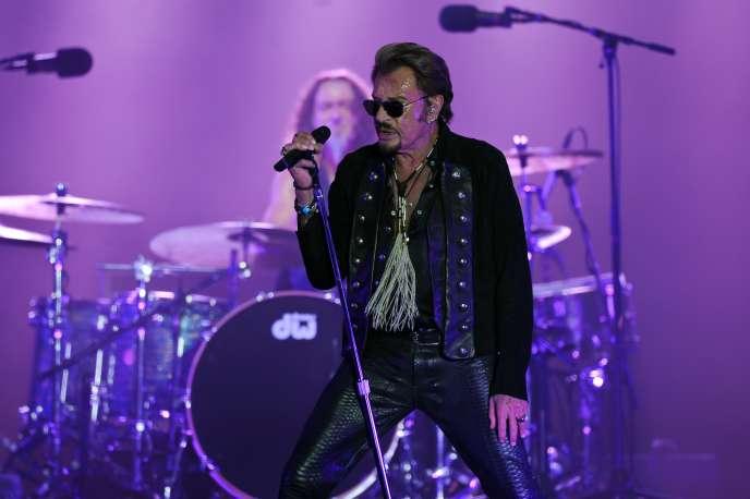 Johnny Hallyday en concert à La Rochelle, le 14 juillet 2015.