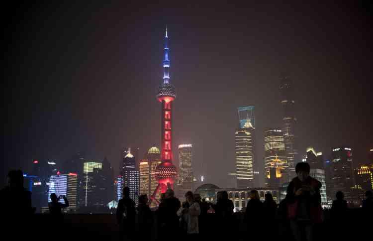 L'Oriental Pearl Tower TV , dans le quartier financier de Lujiazui à Shanghaï, en Chine, le 14 novembre.