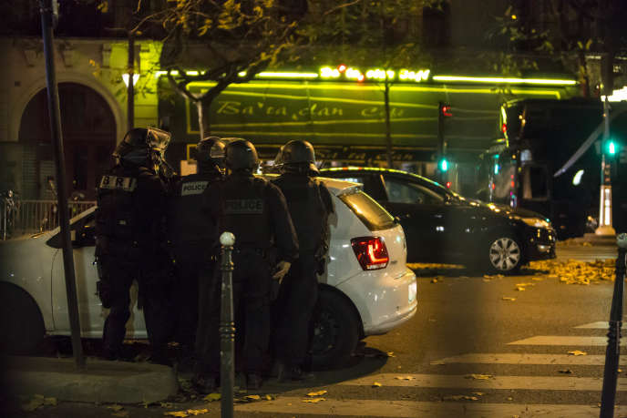 Pendant l'attaque terroriste au Bataclan à Paris, dans la nuit du 13 au 14 novembre 2015.