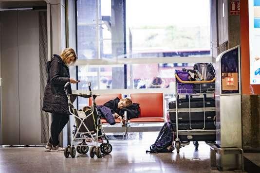 A l'aéroport Roissy-Charles de Gaulle.