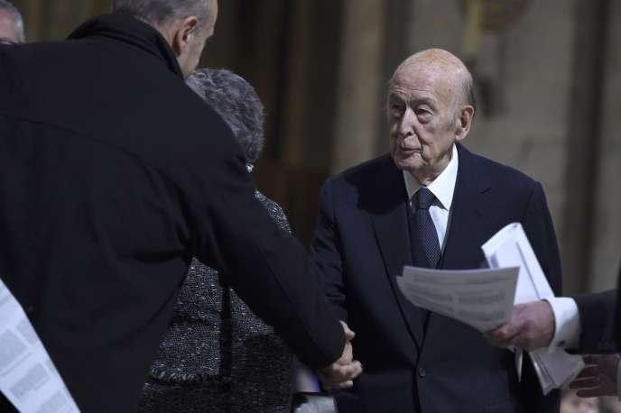 L'ancien président de la République,Valéry Giscard d'Estaing, à la cathédrale Notre-Dame à Paris, en novembre 2015.