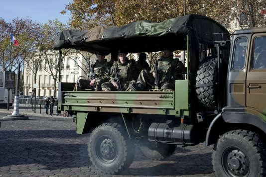 Plus de 100 000 forces de l'ordre sont mobilisés sur l'ensemble du territoire.