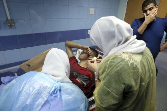 Dans un hôpital de Beyrouth après un double attentat, le 12 novembre 2015.