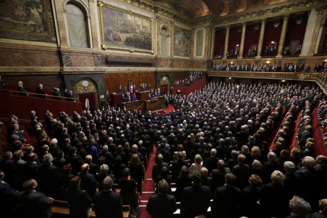Le Parlement réuni en Congrès à Versailles par François Hollande, le 16 novembre 2015.