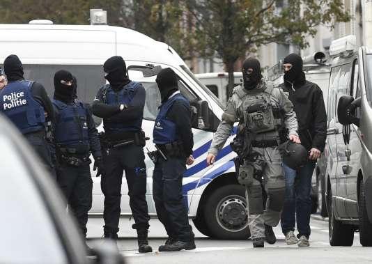 L'enquête se poursuit en Belgique, lundi 16 novembre.