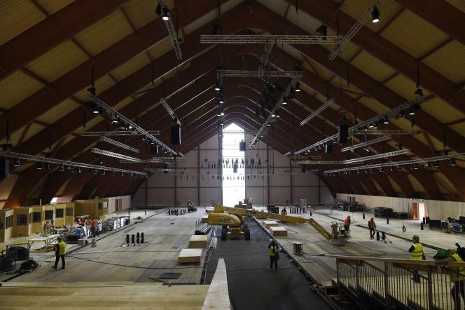 Les travaux sur le site du Bourget (Seine-Saint-Denis) pour accueillir la COP21.