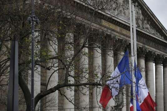 Les colonnes de l'Assemblée nationale, le 16 novembre 2015.