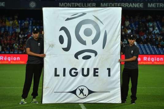 Avant le coup d'envoi du match Montpellier-Angers, le 8août.