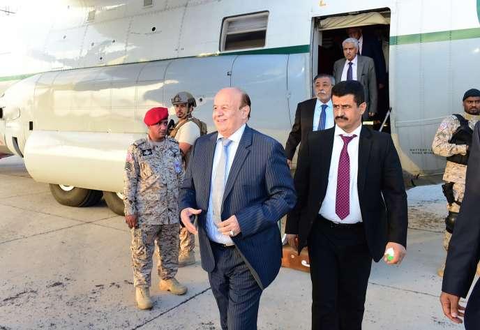 Le président yéménite de retour à Aden, après son exil à Ryad, en Arabie Saoudite.