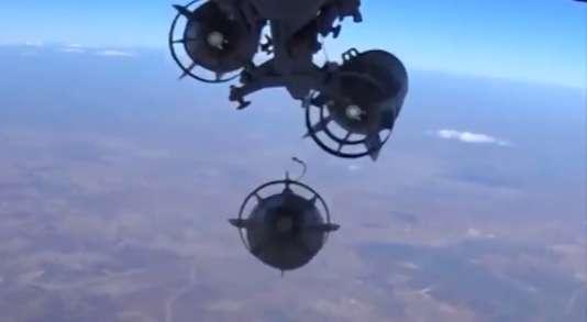 Image diffusée par l'armée russe de frappes aériennes en Syrie le 17 novembre.