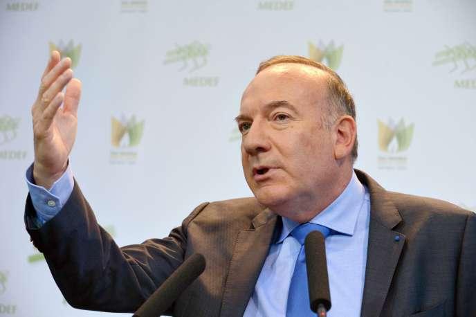 Pierre Gattaz lors de sa conférence de presse mensuelle au siège du Medef à Paris, le 17 novembre.