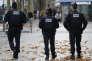 Des policiers sur les Champs-Elysées, le 17 novembre.