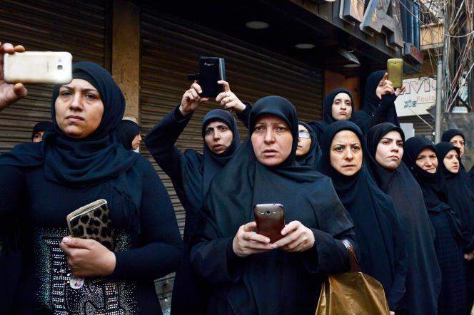 Lors des funérailles d'une jeune victime chiite des attentats du 12 novembre à Beyrouth.