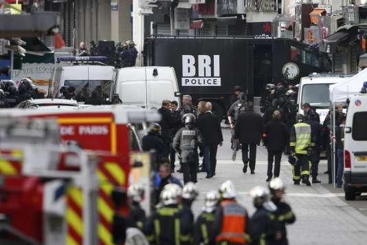 Des membres de la BRI (brigade de recherche et d'intervention) ont participé à l'assaut donné à Saint-Denis, mercredi 18 novembre, avec le RAID et le GIGN.