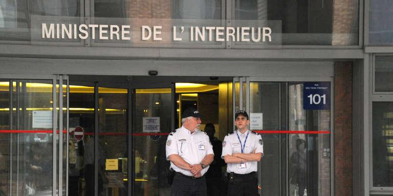 L'entrée des locaux de l'Office central de lutte contre la corruption et les infractions financières et fiscales (OCLCLIF), à Nanterre.