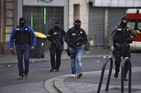 Des membres du RAID, le 18 novembre 2015 à Saint-Denis.