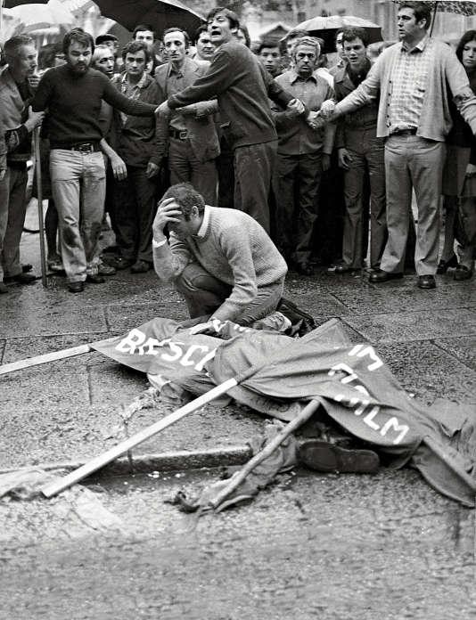 L'attentat de Brescia, le 28 mai 1974,  avait fait 8 morts et 90 blessés. En juillet 2015, deux anciens activistes ont été reconnus comme ses instigateurs.