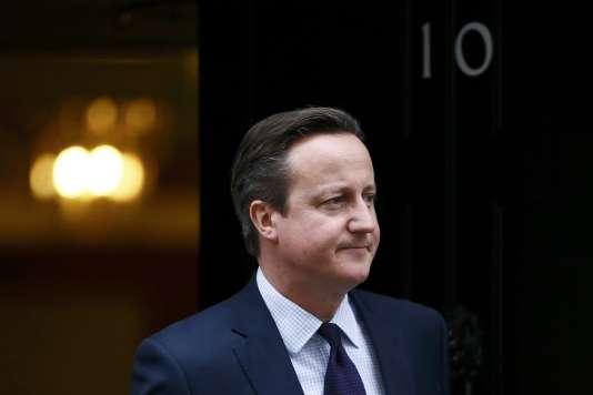 M. Cameron rencontrera François Hollande à Paris, lundi 23 novembre, pour évoquer la lutte contre le terrorisme et la situation en Syrie.